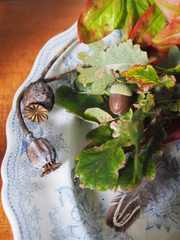autumn nature table
